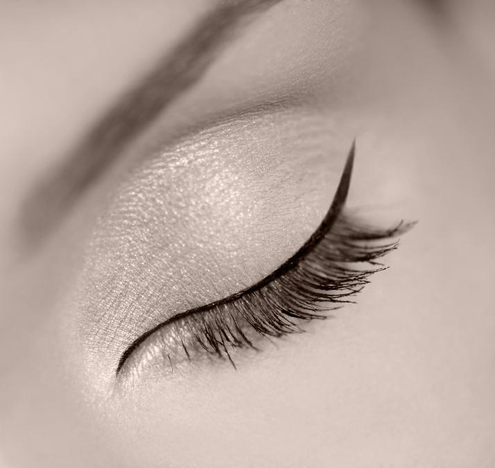 eyeliner-photos.jpg